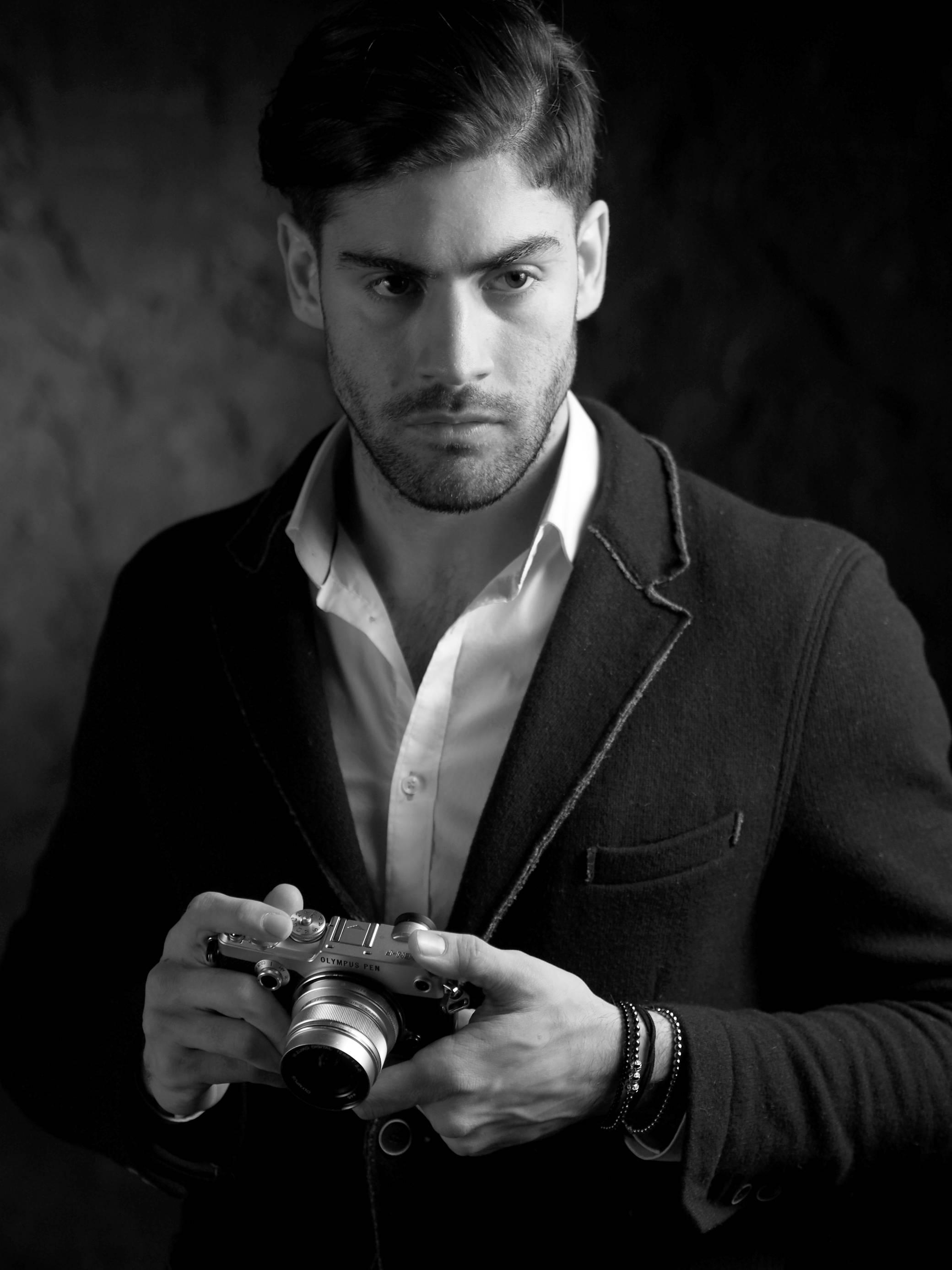 словам одних фотопортреты красивых мужчин на аву забудьте, что